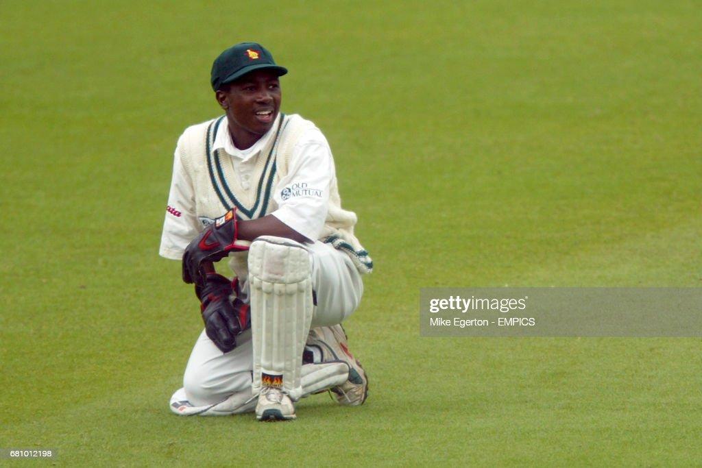 Cricket - England v Zimbabwe - First npower Test : News Photo