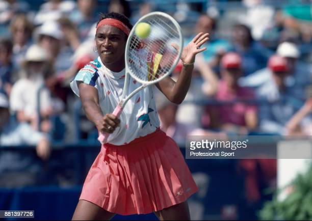 Zina Garrison of the USA in action during the US Open at the USTA National Tennis Center circa September 1989 in Flushing Meadow New York USA
