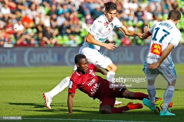 Zinedine Ferhat of Le Havre and Ablie Jallow of Metz during the Ligue 2 match between FC Metz and Le Havre on September 29 2018 in Metz France