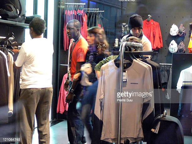 Zinedine Zidane and wife during Zinedine Zidane Sighting Shopping in London December 8 2006 at Oxford Street in London Great Britain