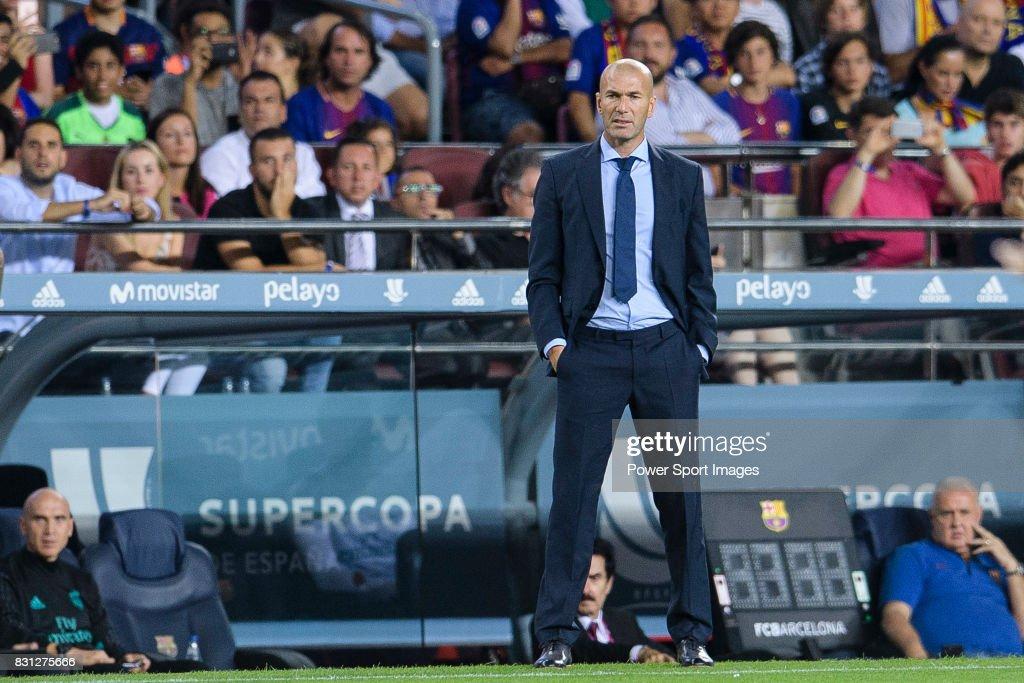 FC Barcelona v Real Madrid - Supercopa de Espana: 1st Leg : News Photo
