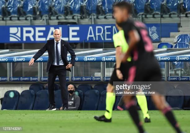 Zinedine Zidane Head Coach of Real Madrid reacts during the La Liga Santander match between Real Sociedad and Real Madrid at Estadio Anoeta on...