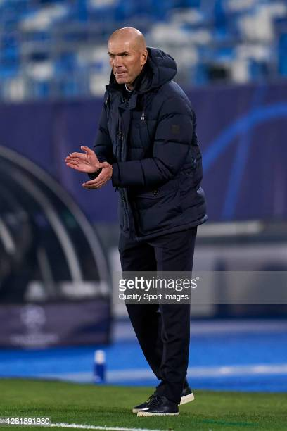 Zinedine Zidane head Coach of Real Madrid reacts during the UEFA Champions League Group B stage match between Real Madrid and Shakhtar Donetsk at...