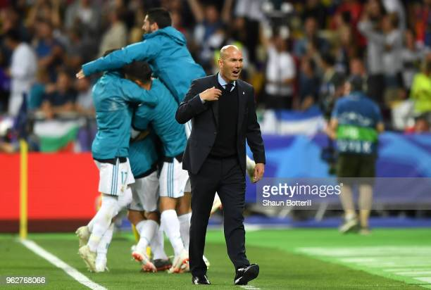 Zinedine Zidane, Manager of Real Madrid celebrates after his sides second goal during the UEFA Champions League Final between Real Madrid and...