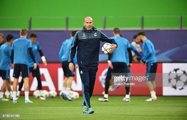 Zinedine Zidane manager of Real Madrid looks on during a Real Madrid training session ahead of their UEFA Champions League quarter final first leg...