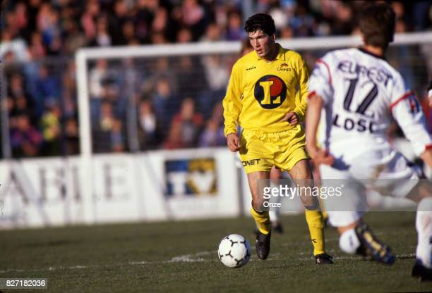 Zinedine Zidane of AS Cannes during the Division 1 match between AS Cannes and Lille on August 10th 1991