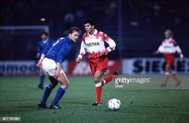 Zinedine Zidane of AS Cannes during the UEFA Cup match between AS Cannes and Dinamo Moscow on 23th October 1991