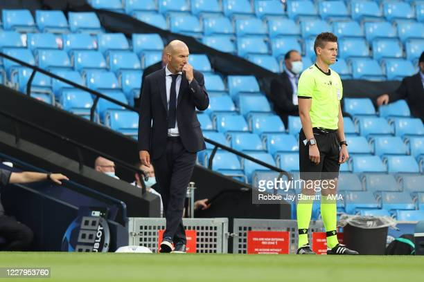 Zinedine Zidane the head coach / manager of Real Madrid during the UEFA Champions League round of 16 second leg match between Manchester City and...