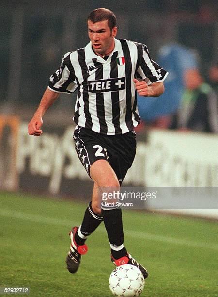 3 Zinedine ZIDANE/Juventus Turin