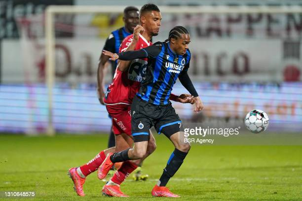 Zinho Gano of KV Kortrijk and Tahith Chong of Club Brugge during the Jupiler Pro League match between KV Kortrijk and Club Brugge at Guldensporen...