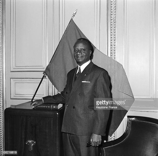 Zinzou Foreign Minister Of Dahomey In Paris In 1967