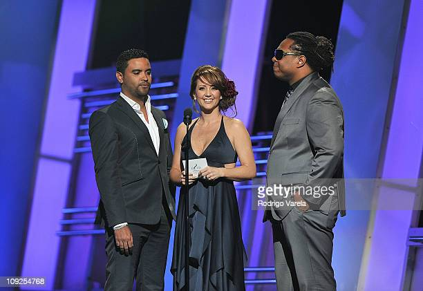 Zion Andrea Legarreta and Lennox present at Univision's Premio Lo Nuestro a La Musica Latina Awards at American Airlines Arena on February 17 2011 in...