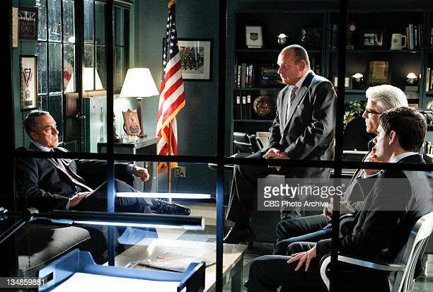 "Zippered""-- Clockwise from left a calm and cool Mark Gabriel listens as Captain Jim Brass , D.B. Russell and Agent Pratt all speak to him, on CSI:..."