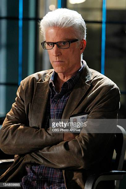 "Zippered""-- Nothing is going to get past D.B. Russell especially when lives are at stake as he pay attention, on CSI: CRIME SCENE INVESTIGATION on..."
