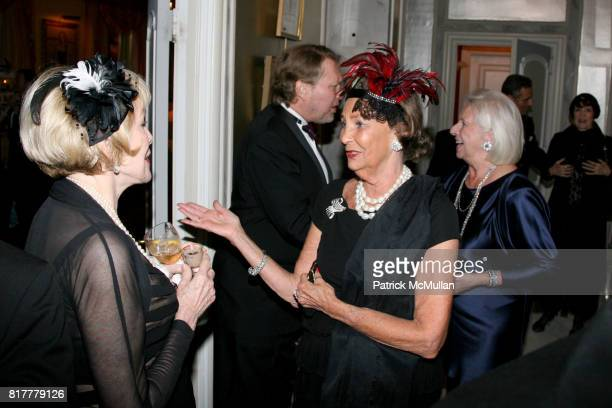 Zita Davisson and Nancy Fowler attend Portrait artist ZITA DAVISSON's Great Gatsby Party A Roaring 20's Evening at Private Residence on October 20...