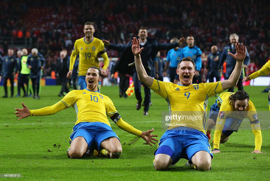 Zlatan Ibrahimovic and Kim Kallstrom of Sweden celebrate after the UEFA EURO 2016 Qualifier Play-Off Second Leg match between Denmark and Sweden at Parken Stadium on November 17, 2015 in Copenhagen, Denmark.