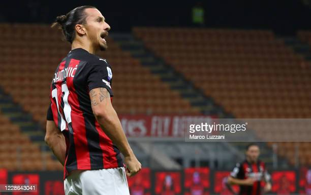 Zlatan Ibrahimovic of AC Milan celebrates after scoring the opening goal during the Serie A match between AC Milan and Bologna FC at Stadio Giuseppe...