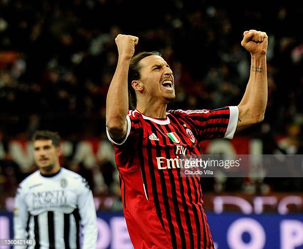 Zlatan Ibrahimovic of AC Milan celebrates scoring the second goal during the Serie A match between AC Milan and AC Siena at Stadio Giuseppe Meazza on...