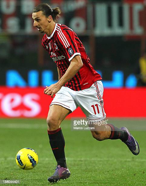 Zlatan Ibrahimovic of AC Milan in action during the Serie A match between AC Milan and Cagliari Calcio at Stadio Giuseppe Meazza on January 29 2012...