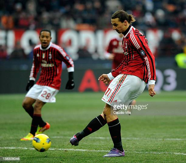 Zlatan Ibrahimovic of AC Milan in action during the Serie A match between AC Milan and SSC Napoli at Stadio Giuseppe Meazza on February 5 2012 in...