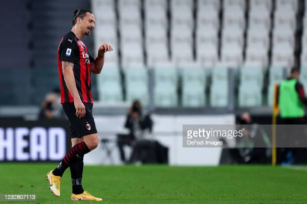 Zlatan Ibrahimovic of AC Milan injured during the Serie A match between Juventus and AC Milan at on May 9, 2021 in Turin, Italy. Sporting stadiums...