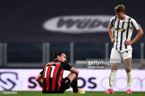 Zlatan Ibrahimovic of AC Milan is seen after suffering a knee injury during the Serie A football match between Juventus FC and AC Milan. AC Milan won...
