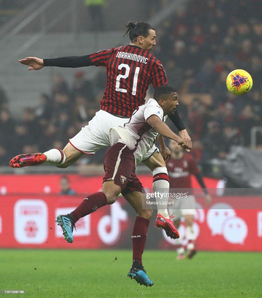 AC Milan v Torino FC - Serie A : Nachrichtenfoto