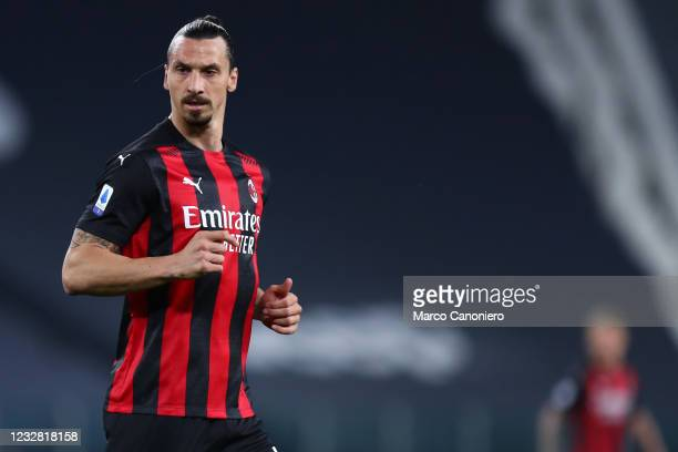 Zlatan Ibrahimovic of Ac Milan looks on during the Serie A match between Juventus Fc and Ac Milan. Ac Milan wins 3-0 over Juventus Fc.