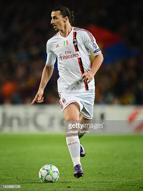 Zlatan Ibrahimovic of AC Milan runs with ball during the Champions League quarterfinal second leg match between FC Barcelona and AC Milan at the Camp...