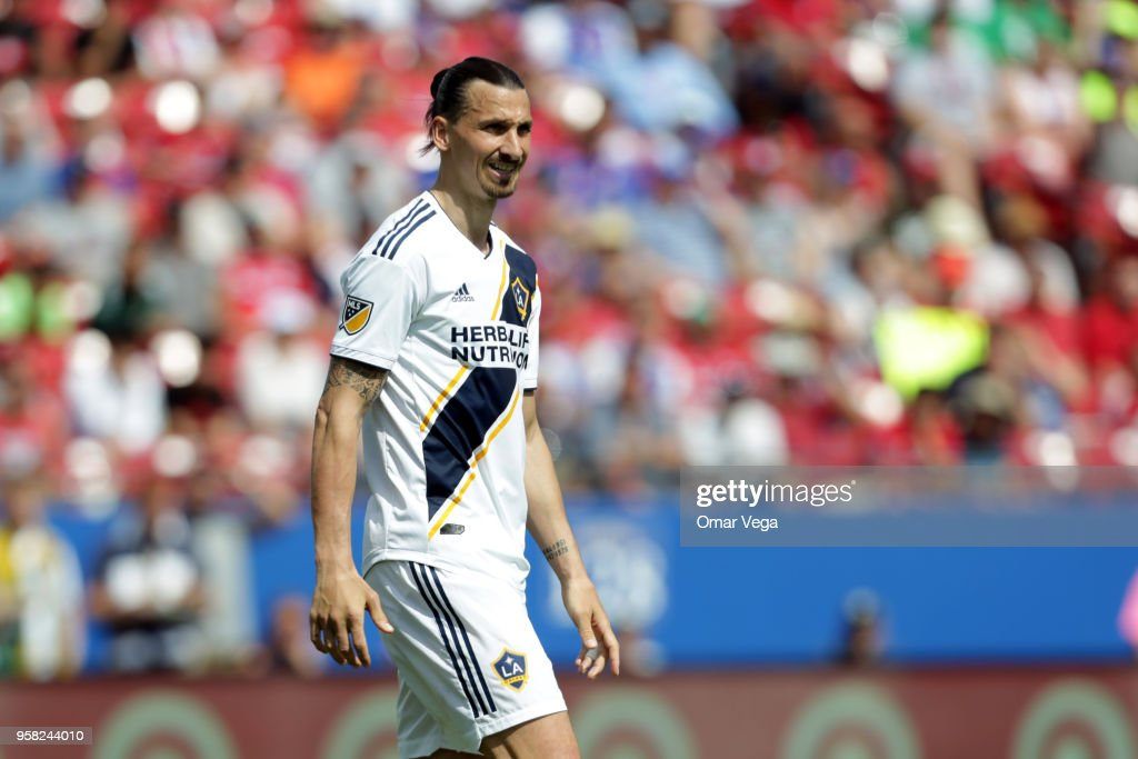 Zlatan Ibrahimovic of LA Galaxy gestures during the Major Soccer League match between Dallas FC and LA Galaxy at Toyota Stadium on May 12, 2018 in Frisco, Texas.