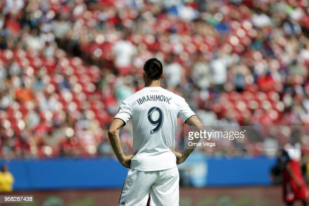 Zlatan Ibrahimovic of LA Galaxy reacts during the Major Soccer League match between Dallas FC and LA Galaxy at Toyota Stadium on May 12 2018 in...