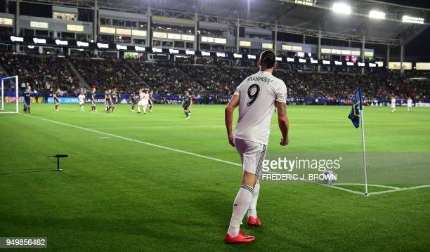 Zlatan Ibrahimovic of LA Galaxy takes a corner kick during the Major League Soccer match between Atlanta United and LA Galaxy in Carson California on...