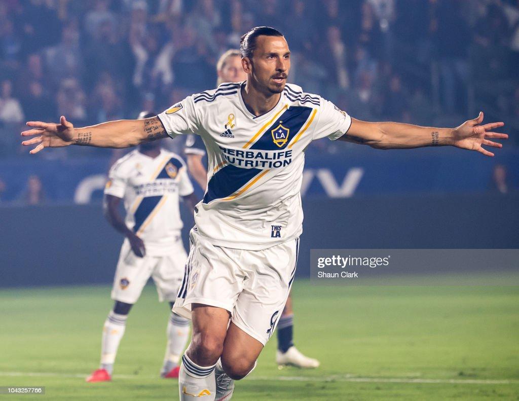 Vancouver Whitecaps v Los Angeles Galaxy : Photo d'actualité