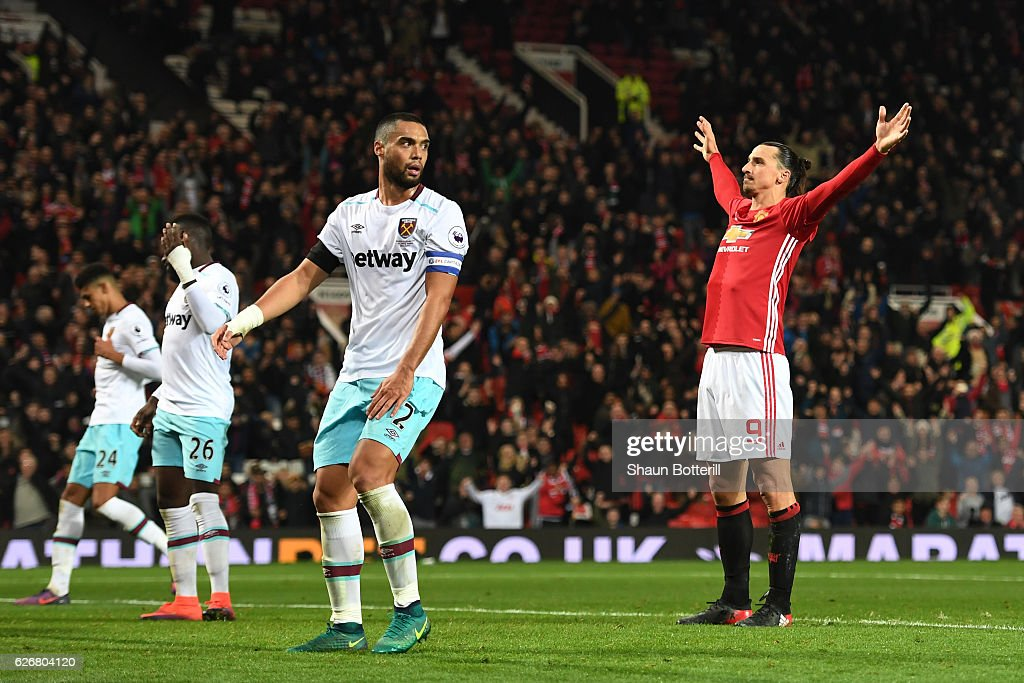 Manchester United v West Ham United - EFL Cup Quarter-Final : News Photo