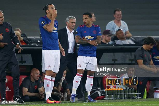 Zlatan Ibrahimovic of Manchester United coach Jose Mourinho of Manchester United Memphis Depay of Manchester United during the Europa League group A...