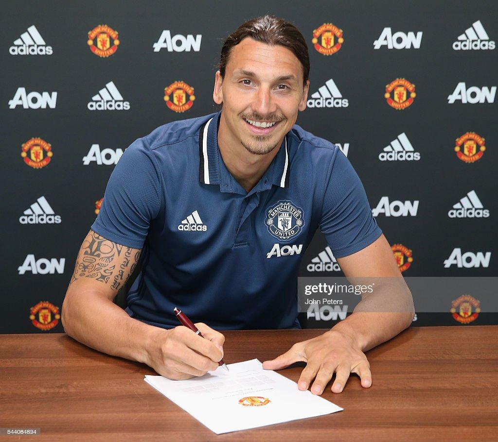 Manchester United Unveil New Signing Zlatan Ibrahimovic : News Photo
