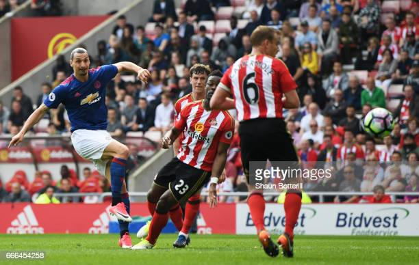Zlatan Ibrahimovic of Manchester United scores the opening goal during the Premier League match between Sunderland and Manchester United at Stadium...