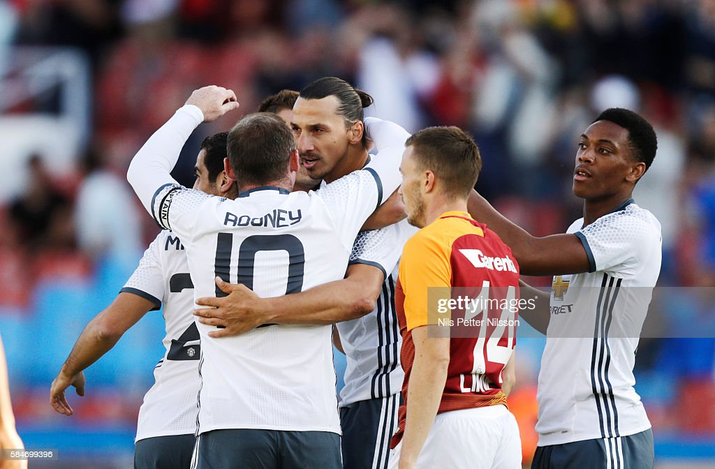 Manchester United v Galatasaray: Pre-Season Friendly : News Photo