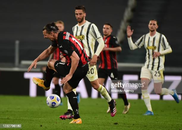 Zlatan Ibrahimovic of Milan in action during Serie A match between Juventus and Milan at Allianz Stadium on May 09, 2021 in Turin, Italy.
