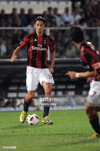 zlatan ibrahimovic of milan in action during the serie a match photo d 39 actualit getty images. Black Bedroom Furniture Sets. Home Design Ideas