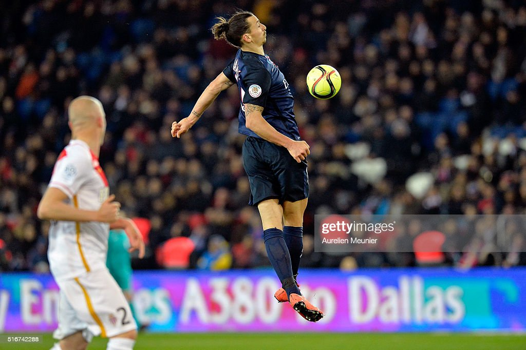 Zlatan Ibrahimovic of Paris Saint-Germain controls the ball during the French Ligue 1 match between Paris Saint-Germain and AS Monaco at Parc des Princes on March 20, 2016 in Paris, France.