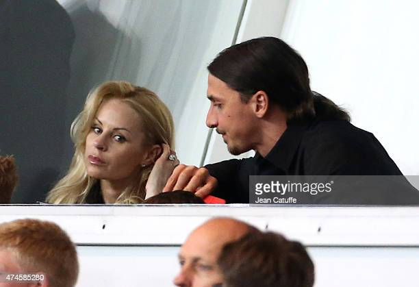 Zlatan Ibrahimovic of PSG and his wife Helena Seger attend the French Ligue 1 match between Paris SaintGermain and Stade de Reims at Parc des Princes...
