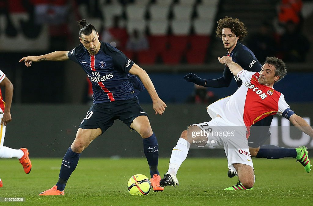 Zlatan Ibrahimovic of PSG and Jeremy Toulalan of Monaco in action during the French Ligue 1 match between Paris Saint-Germain v AS Monaco at Parc des Princes on March 20, 2016 in Paris, France.