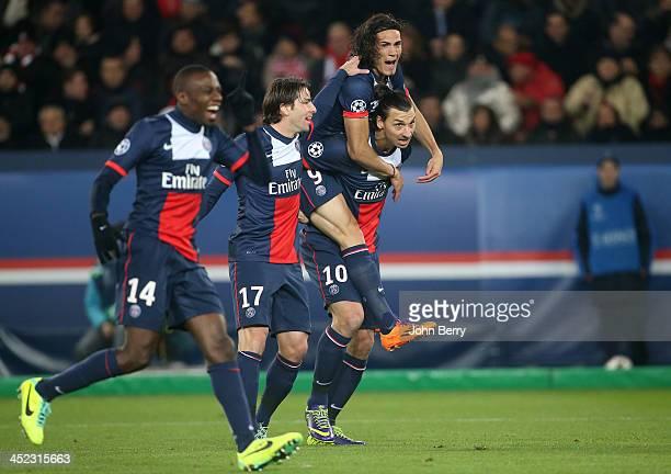 Zlatan Ibrahimovic of PSG celebrates his goal with Blaise Matuidi Maxwell Scherrer Edinson Cavani during the UEFA Champions League Group C match...