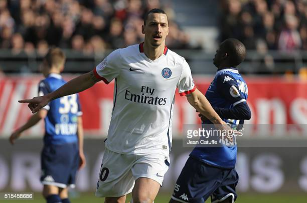 Zlatan Ibrahimovic of PSG celebrates his third goal during the French Ligue 1 match between ESTAC Troyes and Paris SaintGermain at Stade de l'Aube on...