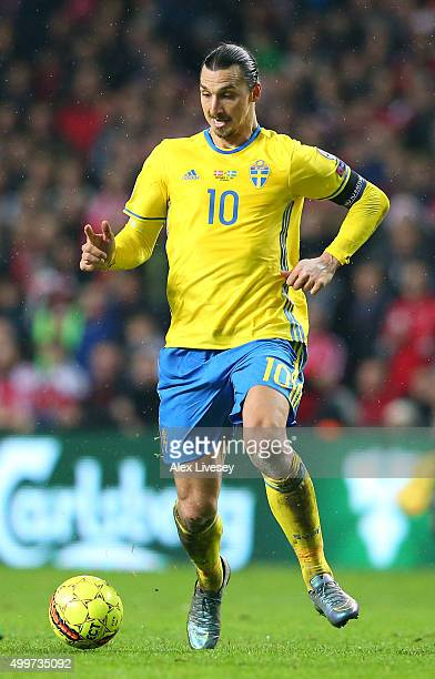 Zlatan Ibrahimovic of Sweden controls the ball during the UEFA EURO 2016 Qualifier PlayOff Second Leg match between Denmark and Sweden at Parken...