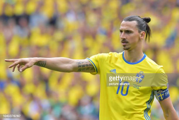 Zlatan Ibrahimovic of Sweden gestures during the Group E soccer match of the UEFA EURO 2016 between Ireland and Sweden at the Stade de France in St...