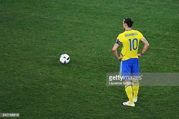 Zlatan Ibrahimovic of Sweden lines up a free-kick during the UEFA EURO 2016 Group E match between Sweden and Belgium at Allianz Riviera Stadium on...