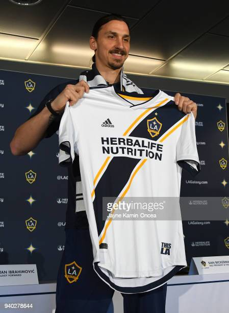 best service 25c3a 27238 Los Angeles Galaxy Introduce Zlatan Ibrahimovic Premium ...