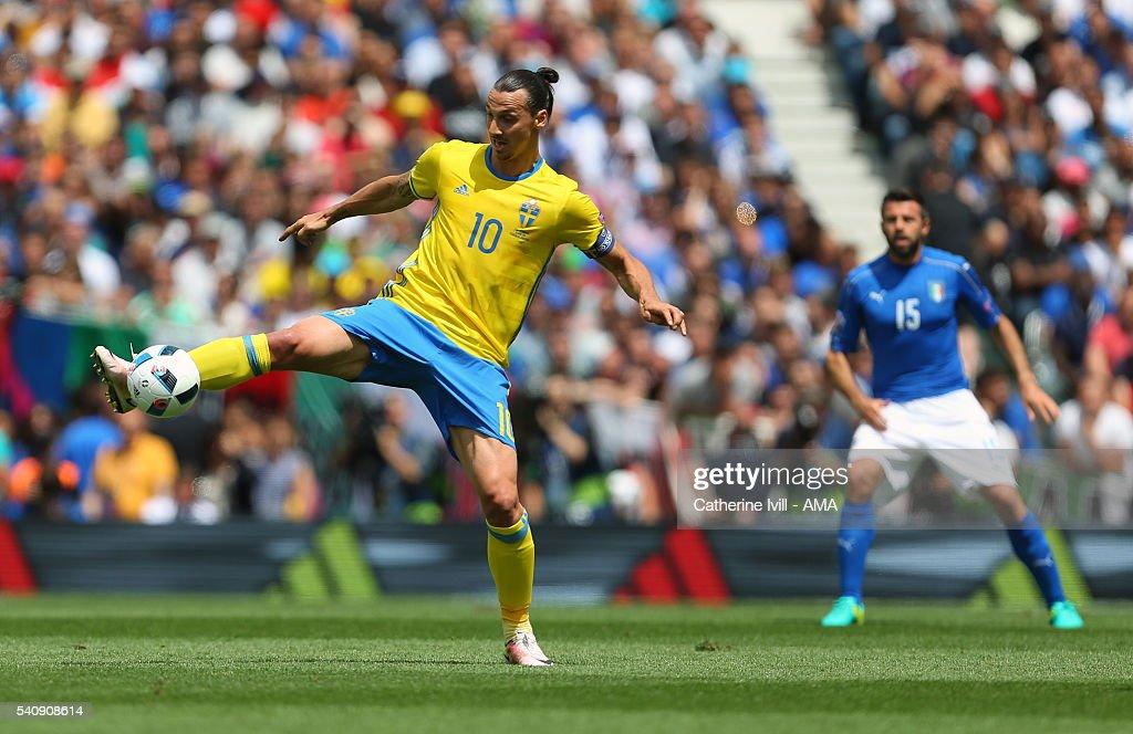Italy v Sweden - Group E: UEFA Euro 2016 : News Photo